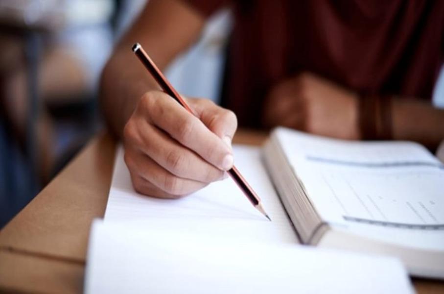 QUESTIONARIO STUDENTI POST DIPLOMA